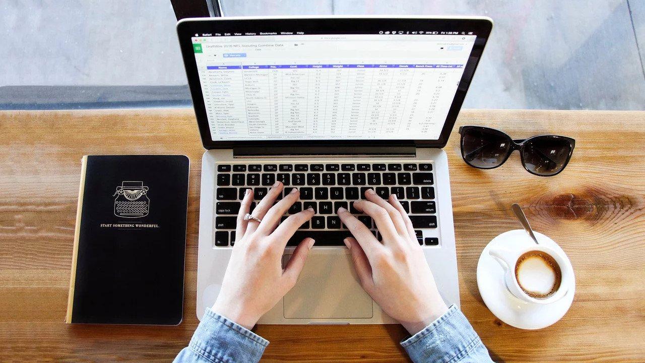 logiciel tableur feuille de calcul spreadsheet