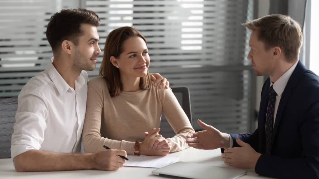 rachat de crédit couple endetté