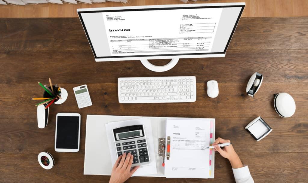 règlement de la facture du freelance par la société cliente